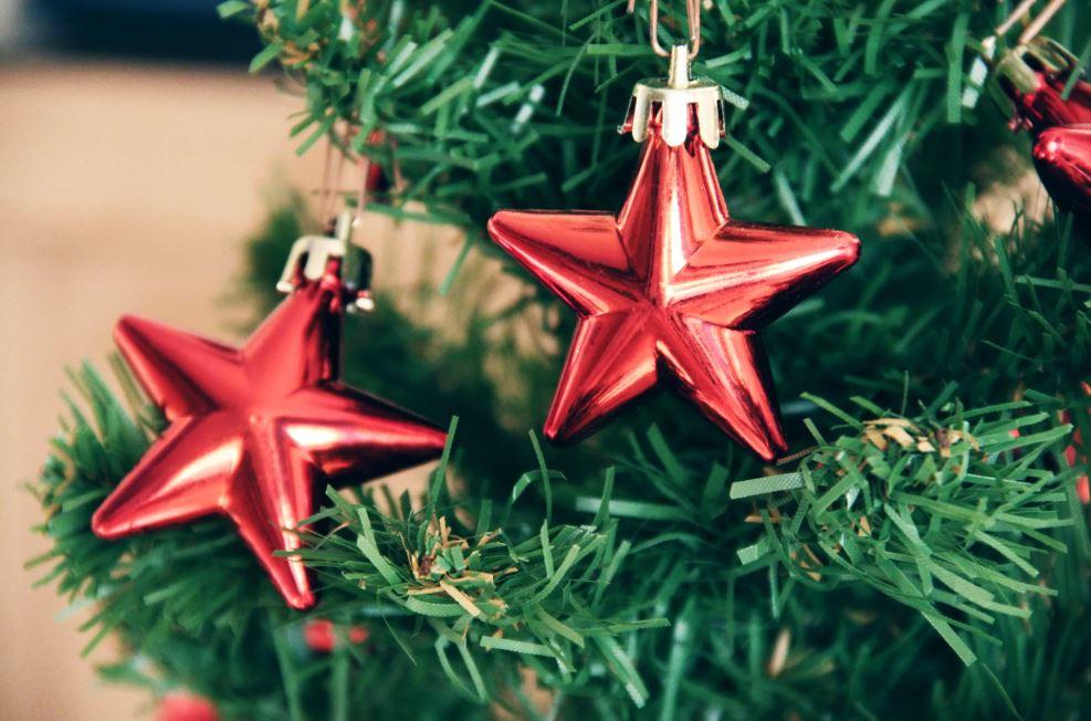 Jésus ou le Père Noël: Quelle est la meilleure histoire de Noël?